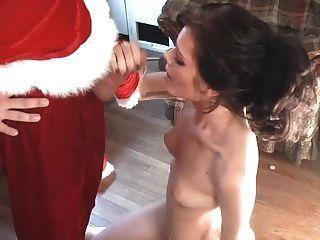 мастурбирующие девочки Santaclaus