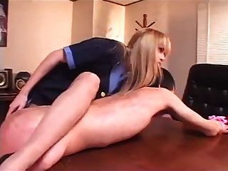 блондинка-домина и ее японский мужчина-раб 01