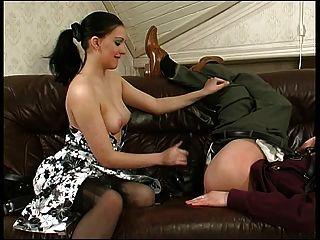 брюнетка русская страпон дама 4