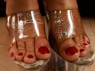 красивые пальцы ног и мулы