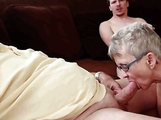 бабушка и дедушка с мальчиком