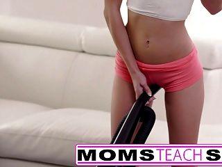 мама учит сексу большую синицу мама ловит дочь