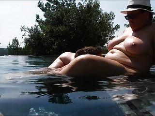 плавательный бассейн любви