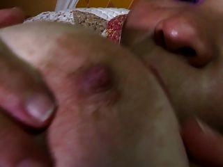 зрелая грудастая мама нуждается в анал и киска ебать