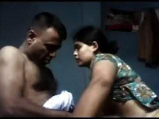 жена Дези Тамил трахает своего мужа