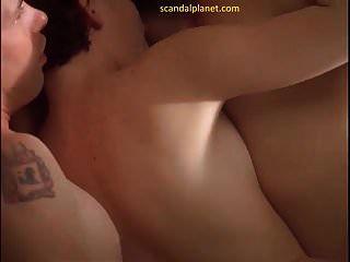 Лара Флинн Бойл ню секс сцены в втроем скандалпланетко
