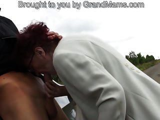 80 лет немецкая бабушка сосет хуй