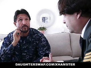 военные папы любят обмениваться дочерьми