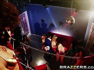 Brazzers порнозвезд, как это большой туманный камень Keiran подветренной