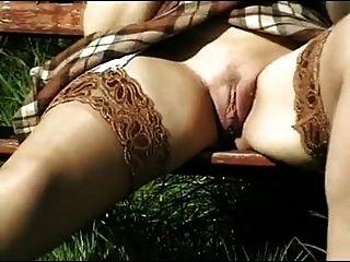 любительское ретро очень редкая сара с открытыми ногами