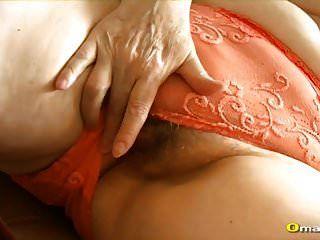 Omapass очень старая волосатая бабушка киска играющая