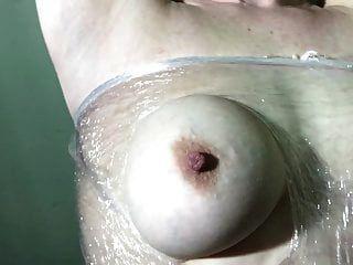 маленькая рабыня сука синица шлепает по жесткой руке