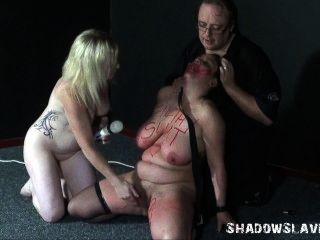 лесбиянки рабов причудливыми инсерции и хардкор доминирование секс любительского бб