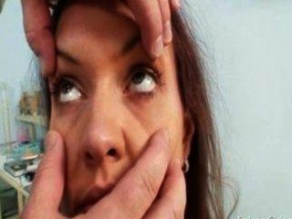Adriana посещения ее гинекомастии врача для реального киски гинекомастии экзамен