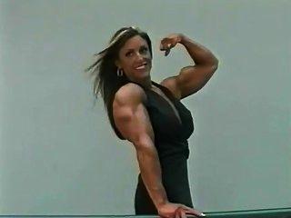 Gina Девис 2