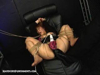 японский покорны секс-рабыней связали веревкой и трахает и Maledom госпожа