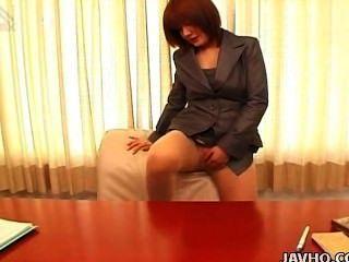 Японский офис молодой анна Yumisaki мастурбирует без цензуры