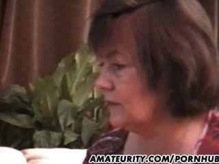 любительский мама и дочь трахает тот же самый парень