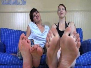 огромные ноги крошечные ноги