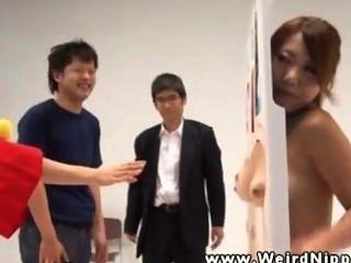 Японская сексуальная девушка сосать и потрогал Japan-adult.com/pornh