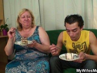 неожиданный поворот в его день рождения