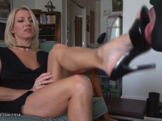 Горячие ИФОМ зрелые ноги поклониться