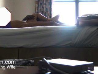 скрытая камера жена получает домашний массаж мужской массажист