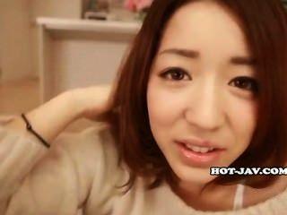 Японские девушки мастурбируют с горячим учителем в Kitchen.avi